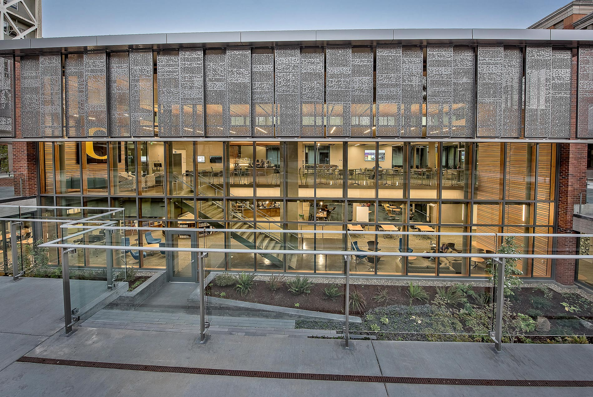 Allen Price Commons, University of Oregon / 1
